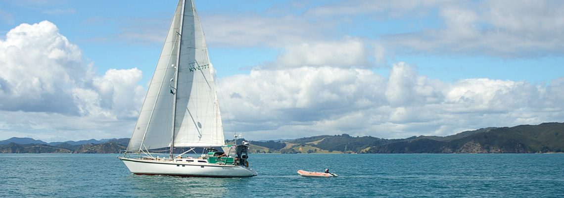 Shanachie sailng the Bay of Islands, New Zealand