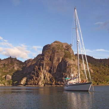 Shanachie anchored in Whangaroa Harbor